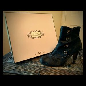 Shoes - Lulu Guinness boots